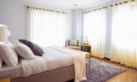 Sypialnia – inspiracje na kolory ścian, meble oraz dodatki